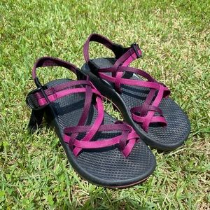 Women's size 6 Chacos